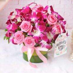 Fragrance Arranged in a Vase for Mom